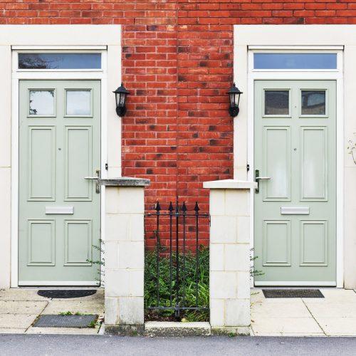 4 Ways to Help Kids of Divorce Transition Between Homes